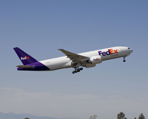 may bay FedEx-1